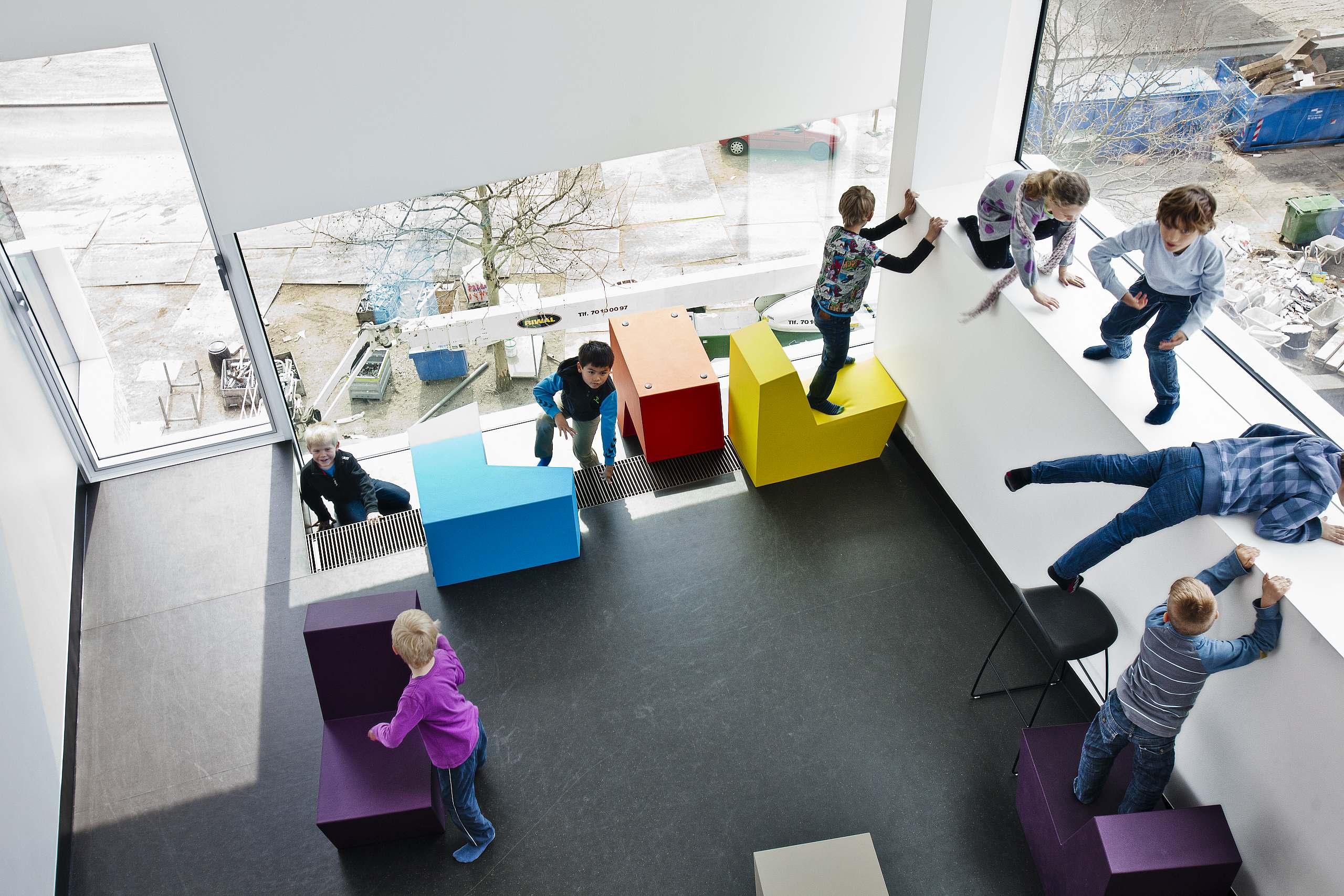 Ørestad_Skole_leg og farver